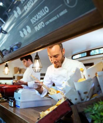 traiteur a Istres-seminaires Miramas-traiteur Bouches-du-Rhone-food truck PACA-traiteur evenementiel Fos-sur-Mer